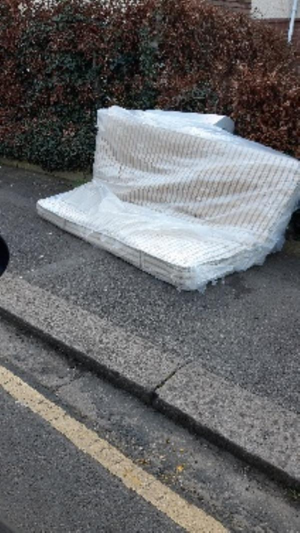 flytipping of mattress-The Copse Salisbury Road, Reading, RG30 1BN