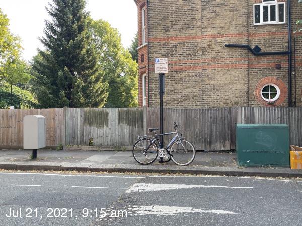 Bike missed from last removal -9b-9f Leopold Road, Ealing, W5 3PB