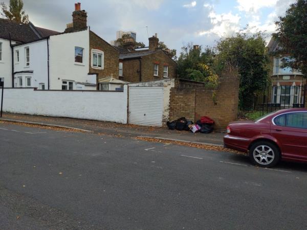 Rubbish.PUT UP CAMERAS PLEASE image 1-37a Talbot Rd, London N15 4DJ, UK