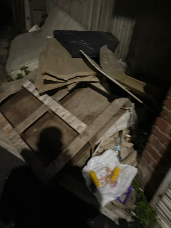 Rubbish  image 2-56j Marlborough Road, Green Street East, E7 8HB