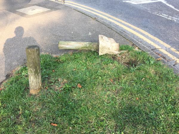 Uprooted bollard - potential trip hazard-51 Holybrook Road, Reading, RG1 6DG