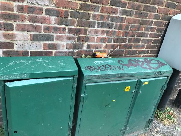 Cable box 0,5 meter paint -6 Creekside, London, SE10 8EW