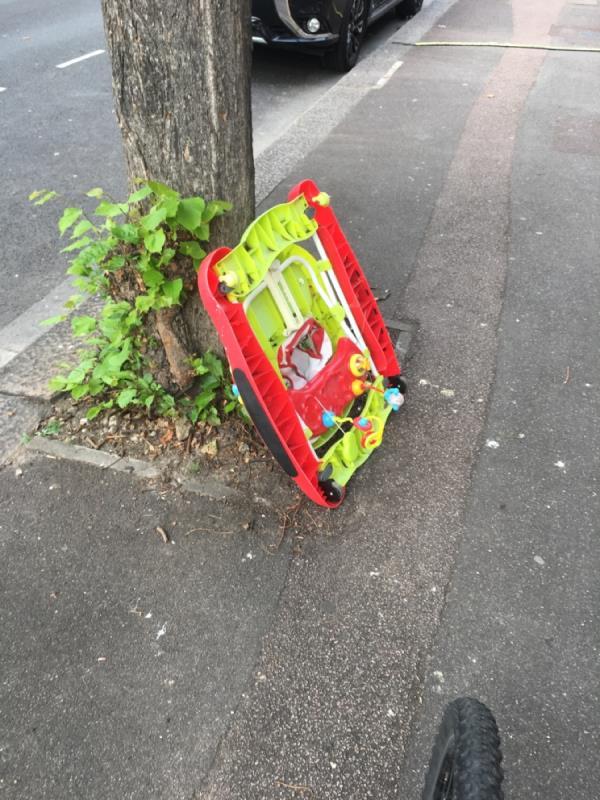 Rubbsih  image 2-132 Kensington Avenue, Manor Park, E12 6NN
