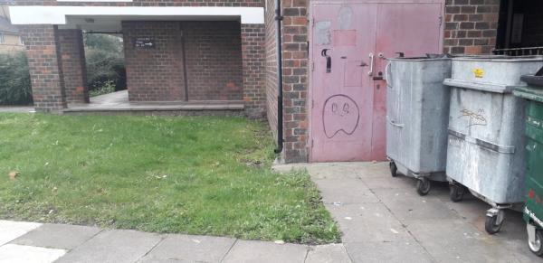 grove street  boxes,  bedside  image 1-3 Hockett Close, London, SE8 3PX
