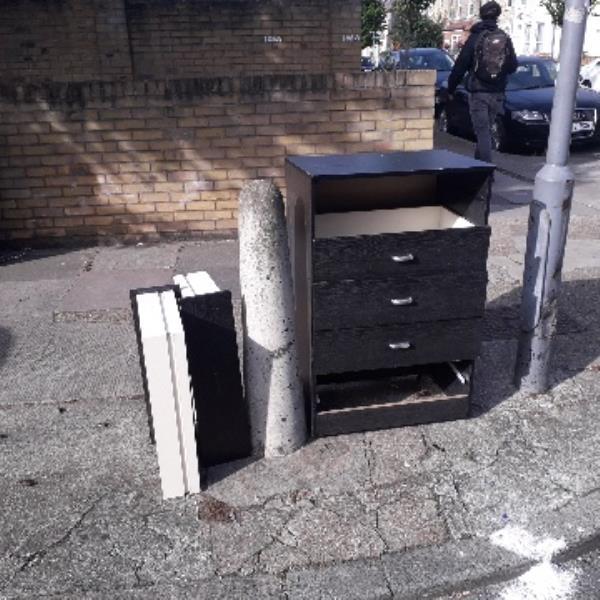 wardrobe -106a Carlyle Road, London, E12 6BP