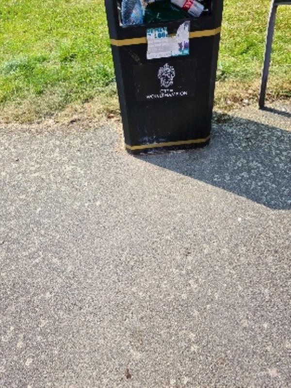 full bin-1 Inverkip Walk, Wolverhampton, WV4 6BF