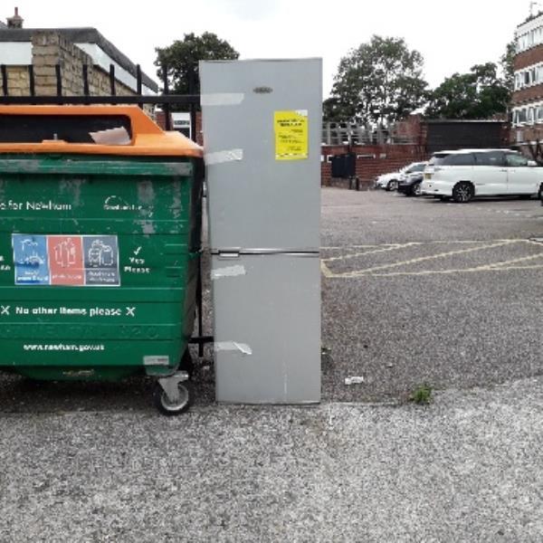 fridges -4 Lancaster Road, London, E7 9PX