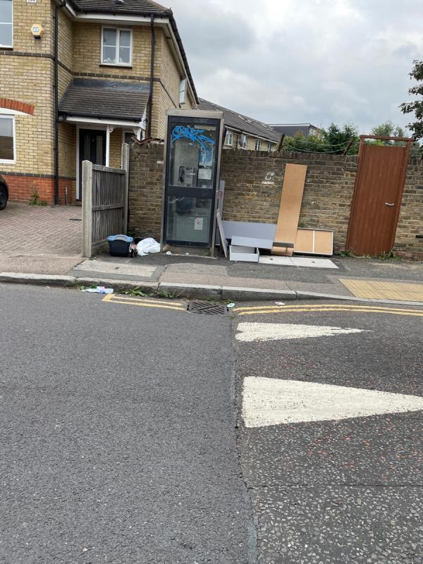 On cold harbour lane near phone box-2 Hunsdon Road, New Cross Gate, SE14 5RE