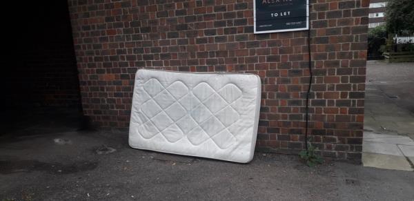 carteret way  mattress -59 Carteret Way, London, SE8 3QB