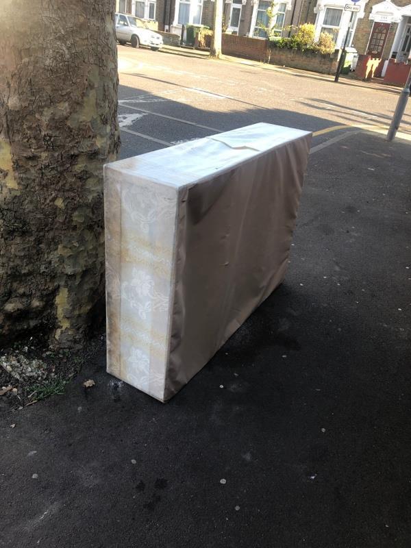 Bed frame-200 Byron Ave, London E12 6NH, UK
