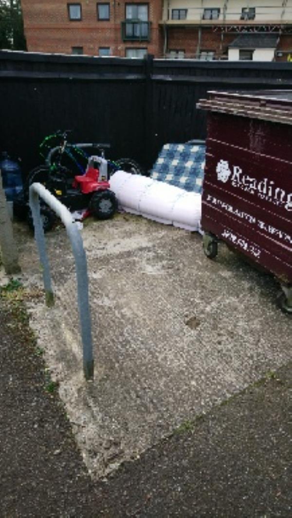 Pembroke House Star Rd -Pembroke House, Star Rd, Caversham, Reading RG4 5BT, UK