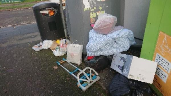 House old waste removed fly tipping -63 Hexham Road, Reading, RG2 7UA