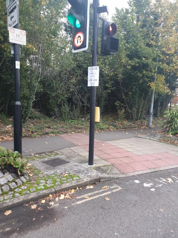 scrap metal poster on traffic light-4 September Court, 1 Dormer's Wells Lane, London, UB1 3DD