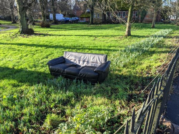 sofa landed during the night 😳-Park Community Hall London Road, Reading, RG1 3PA