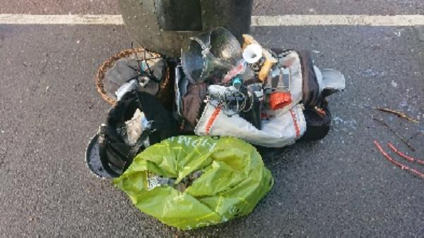 House old waste removed fly tipping on going at this site large amount removed image 2-239 London Road, Reading, RG1 3PA