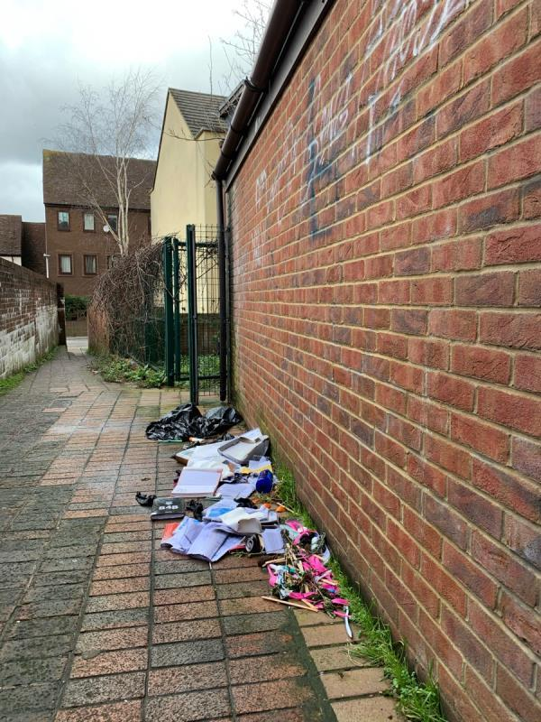 Rubbish in alleyway to St Giles Close.-20 Crown Street, Reading, RG1 2SF