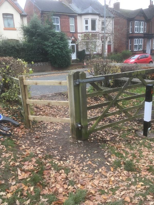 Pedestrian access to Bantock Park has been blocked by new fence. Steel bollard to prevent vehicle access is fine but the fence is unacceptable. -47 Broad Lane, Wolverhampton, WV3 9LQ