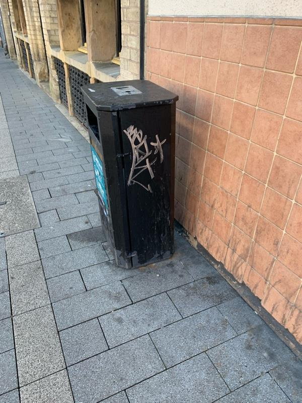 Tagged on bin outside Nottingham Oddfellows club-The Weighbridge Humberstone Gate, Leicester, LE1 1WB