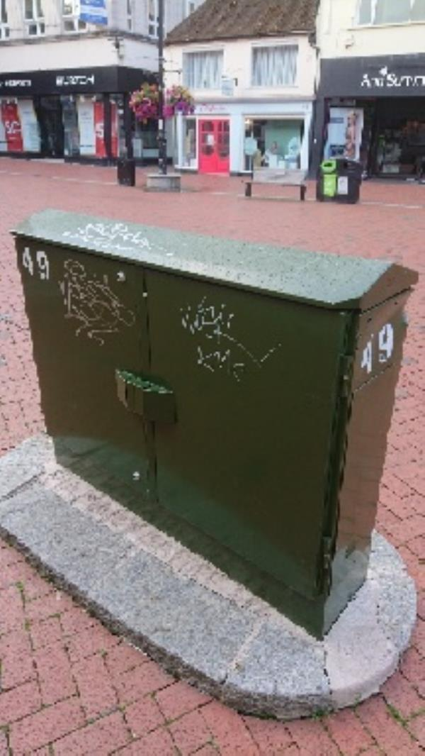 Bt Green boxes outside hotter broad street -49 Broad Street, Reading, RG1 2AP