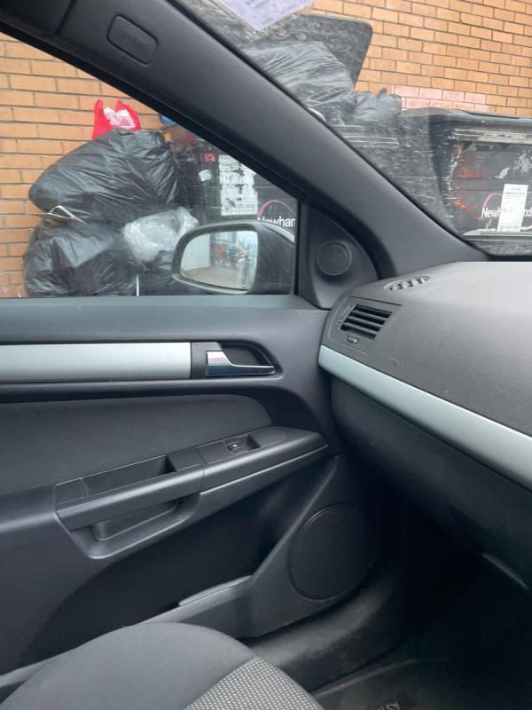 Rubbish -59 Shelley Avenue, Manor Park, E12 6PX