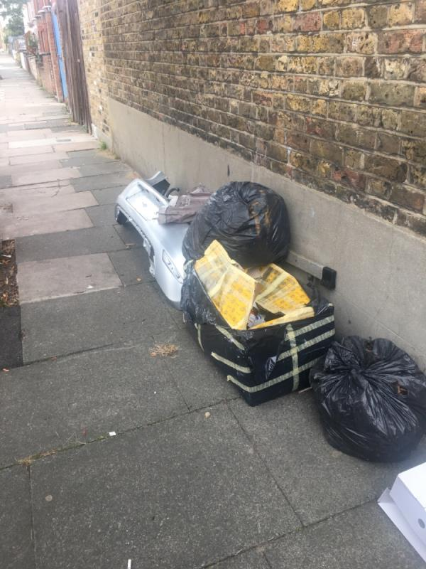 Fly tipping -33 Eversleigh Road, East Ham, E6 1HG