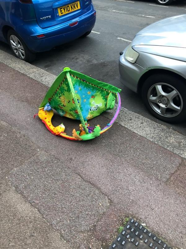 Rubbish on street-93 Lincoln Road, London, E7 8QN