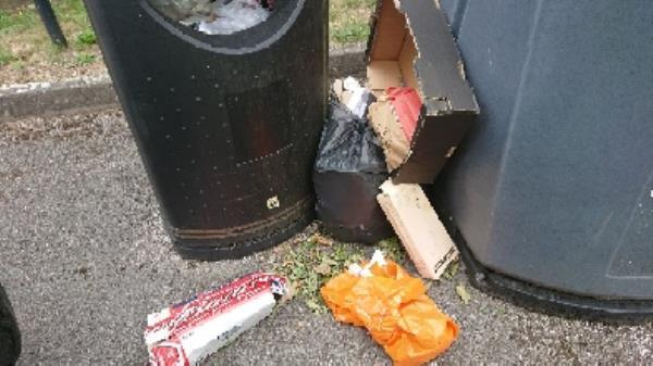 House old waste removedl fly tipping -2 Mitchell Lodge, 269 Bath Road, Reading, RG30 2BN