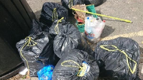 House old waste removedl fly tipping large amount ongoing at this site  image 1-37 Whitley St, Reading RG2 0EG, UK
