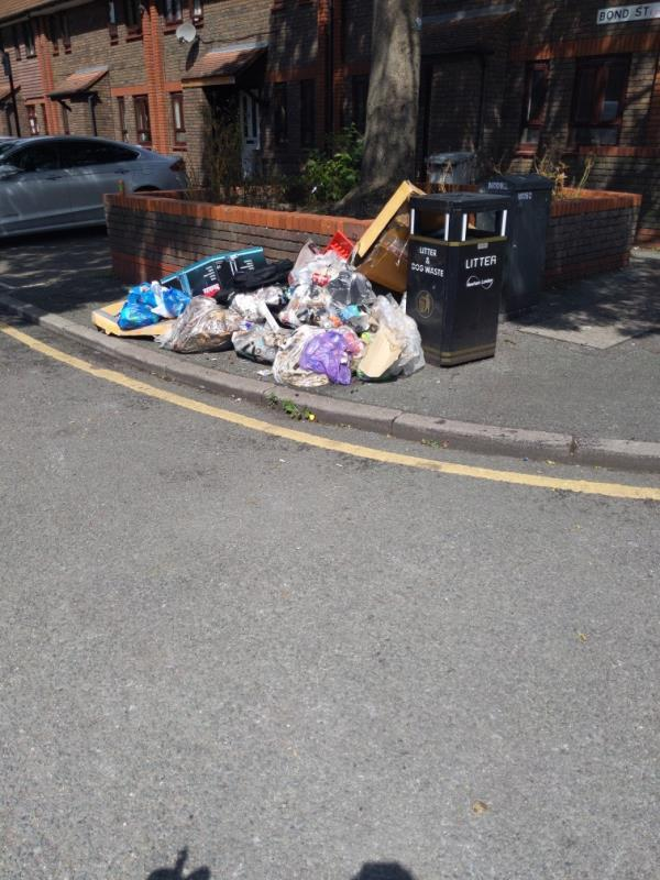 fly tip -27 Bond Street, London, E15 1LT