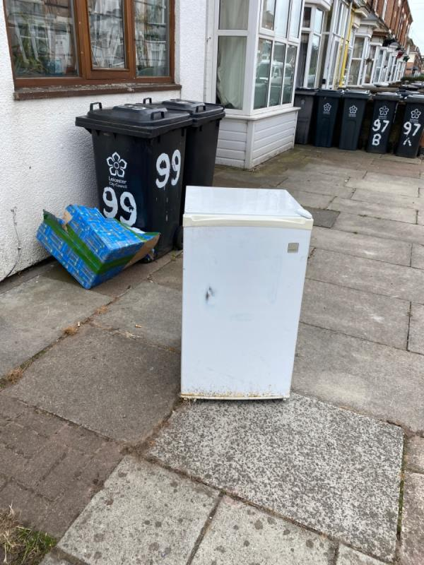 Someone has dumped the fridge on the pavement -99 Knighton Fields Road West, Leicester, LE2 6LG