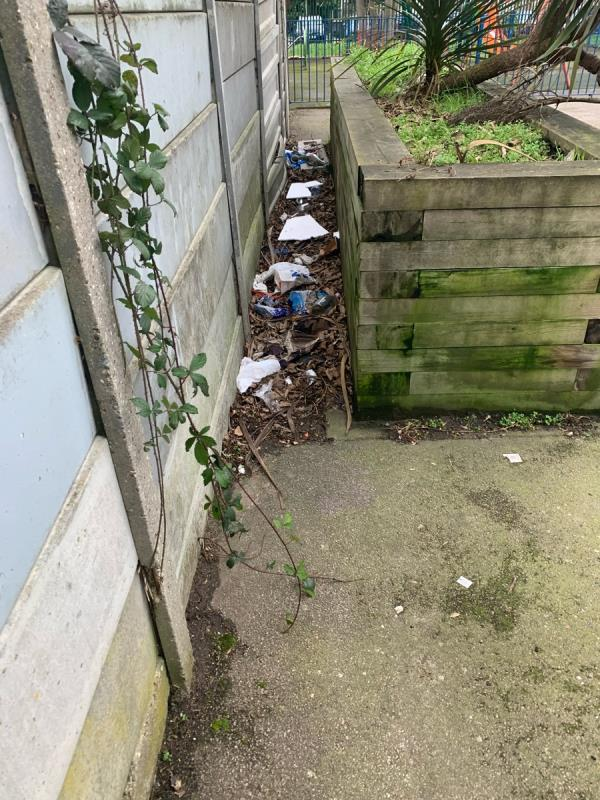 At the end of Daines Close - Loads of rubbish behind the end of plants wooden plank!  image 1-58 Daines Close, Manor Park, E12 5LQ