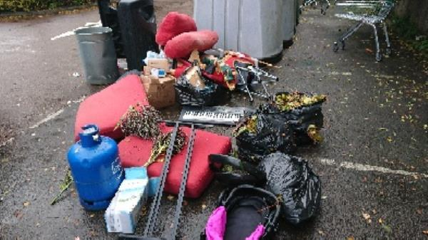 house old waste removedl fly tipping small van loa-142 London Road, Reading, RG1 3PA