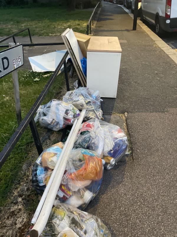 Rubbish -69d PORTWAY, London, E15 4AN
