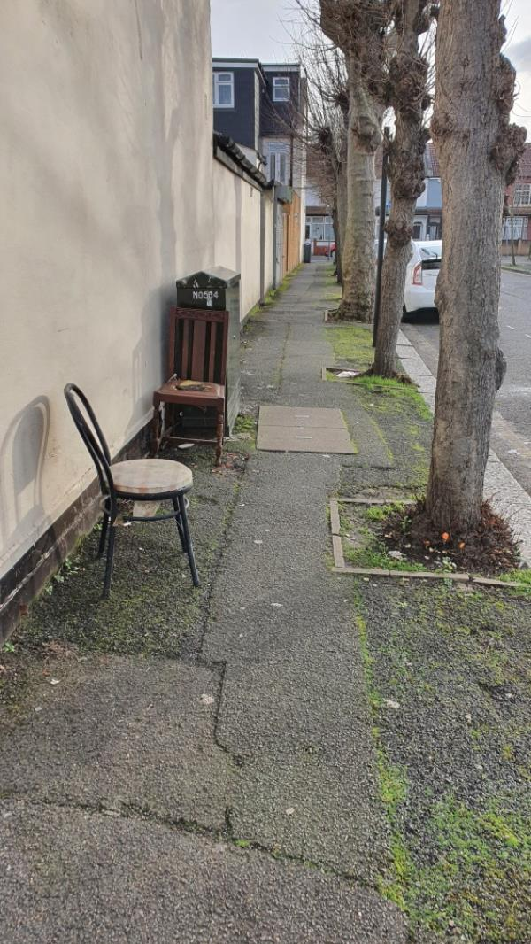 chair -20 Ferndale Road, Upton Park, E7 8JX