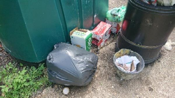 House old waste removed fly tipping on going at this site -1 Gratwicke Road, Reading, RG30 4UA