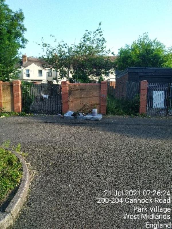 fly tipping Cannock rd cp -192 Cannock Road, Wolverhampton, WV10 0AL