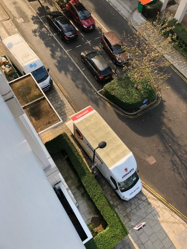 Current (and constant) blocking of pavements and dropped kerbs, Scarlet Close/Honour Lea Avenue junction. Can we get enforcement please?-21 Scarlet Cl, London E20 1FL, UK