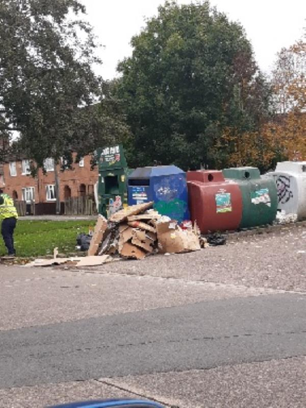 Flytip by recycling centre by Brite Centre-2 Bendbow Rise, Leicester, LE3 1HX