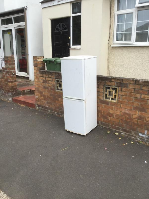 Fridge freezer -74 Baxter Road, London, E16 3HD