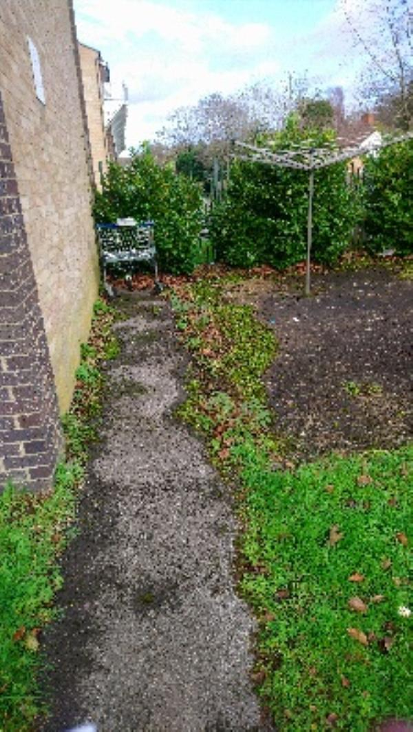Fly tip in rear comm garden of 89-95 Stanhope rd-89 Stanhope Road, Reading, RG2 7HW
