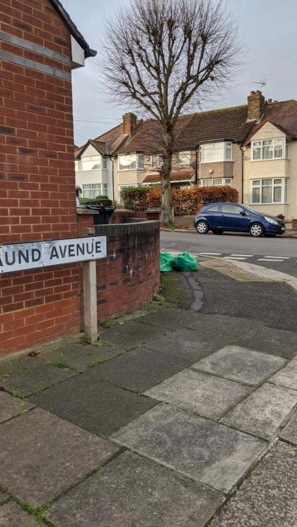 GEL filled three bags of street rubbish on WEDNESDAY 18 NOVEMBER at 930am. They have not been collected despite me sending a request yesterday on LoveCleanStreets for them to be removed.  Does this report system work? -31 Verulam Road, Greenford, UB6 9RH