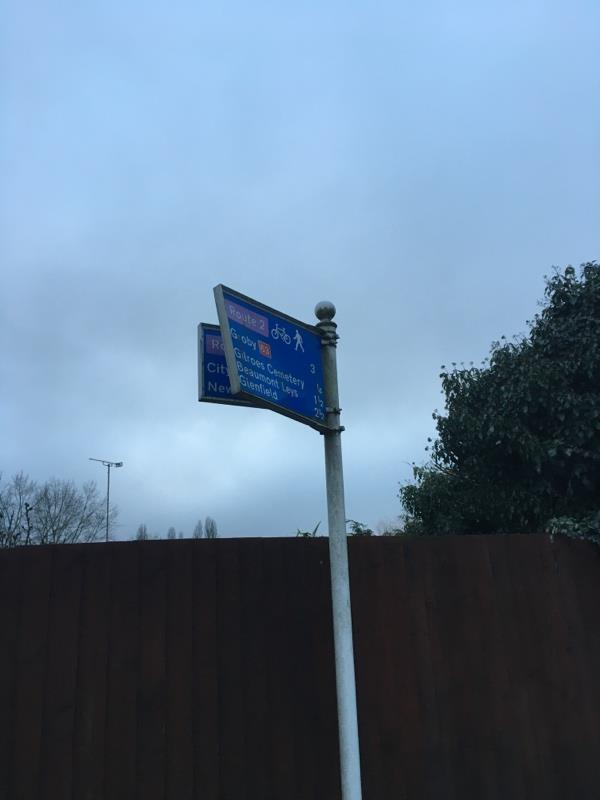 Sign needs realigning -Groby Road, Leicester, LE3 9