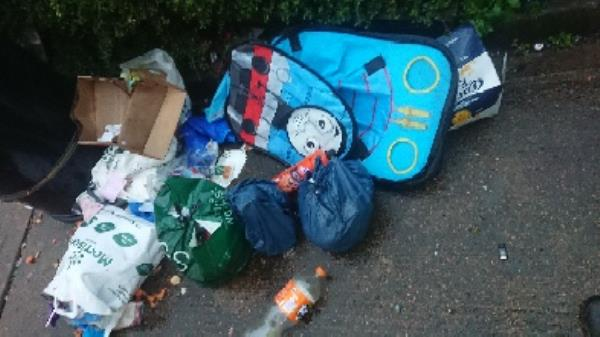 House old waste removed fly tipping on going at this site -Gillette Way, Reading, RG2 0HS