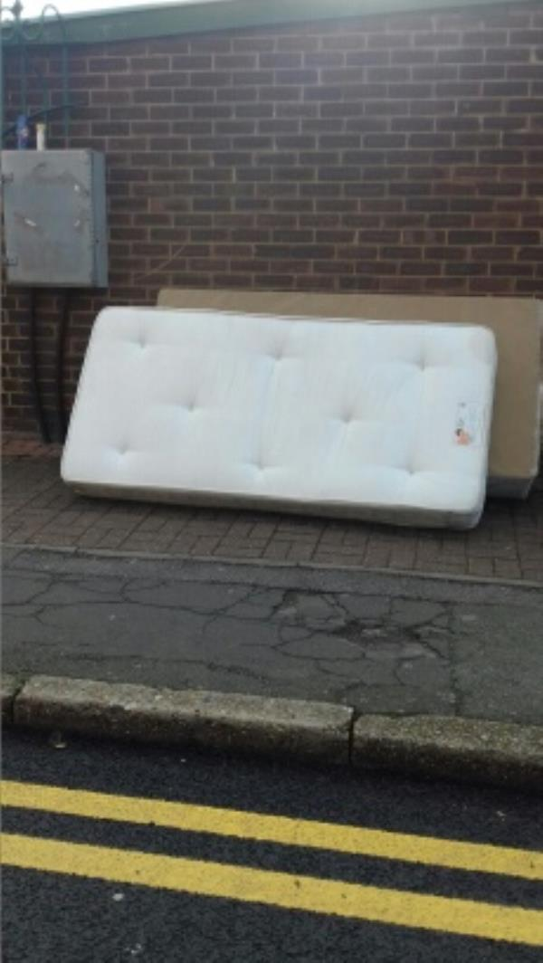 mattress and bed base -104 Anne Street, London, E13 8