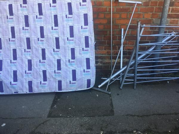Mattress and bed frame-158 Southampton St, Reading RG1 2QN, UK