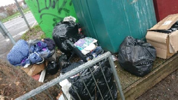 House old waste removedl fly tipping half truck load -125 Cranbury Road, Reading, RG30 2TD