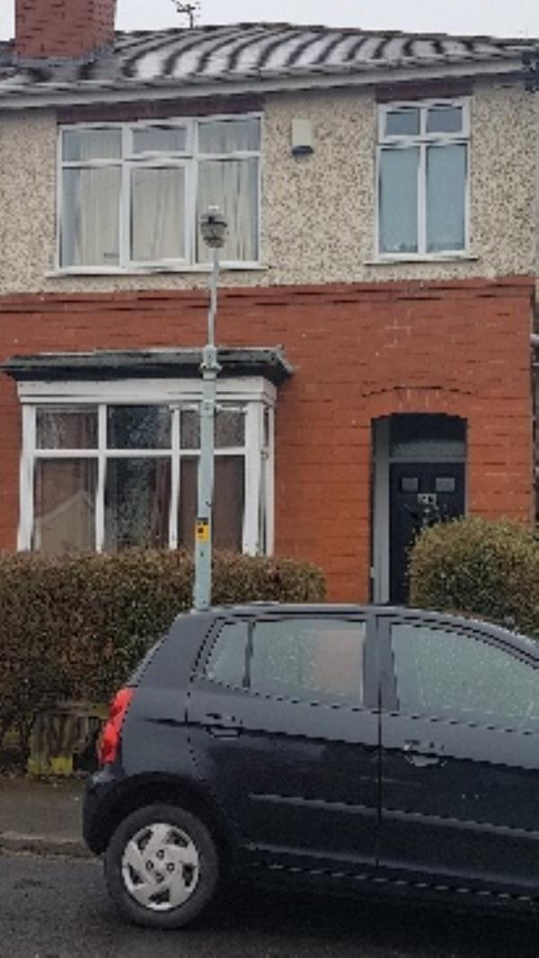 repair street light  -67 Bamford Road, Wolverhampton, WV3 0AS