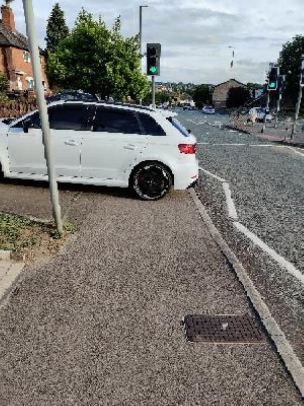 blocking walk pavement-103 Hungarton Boulevard, Leicester, LE5 1DF