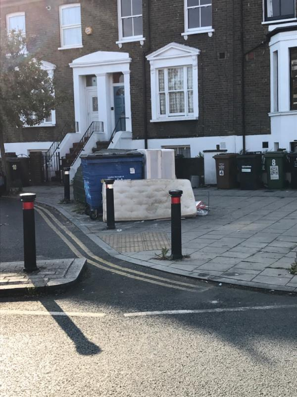 Mattress and bed base -8a Brockley Cross, Honor Oak Park, SE4 1BE