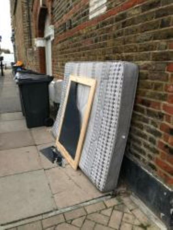Please clear a mattress and broken mirror. Reported via Fux My Street-119 Grierson Road, London, SE23 1NT